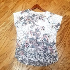 Women's floral t-shirt